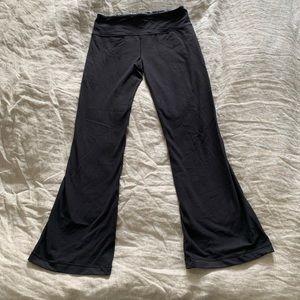 Lululemon Yoga Pants - Flare bottom / Bootcut